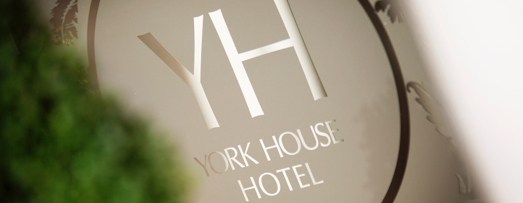 York House Hotel Welcome Sign